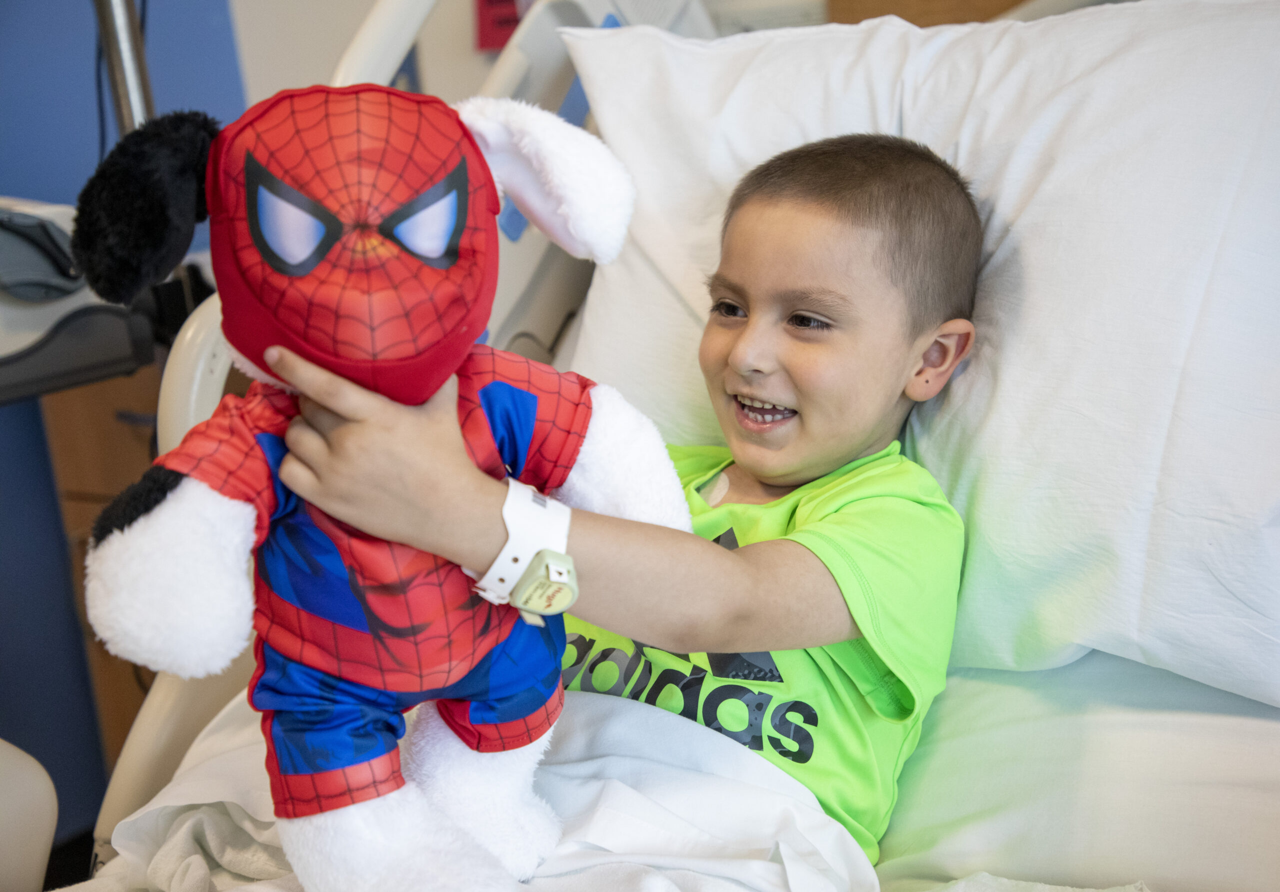 Celebrating our 175th BLUE for Kids hospital visit in Chicago by delivering 100 Build-A-Bear furry friends and more to kids undergoing medical treatment
